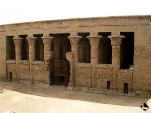 Esna, temple de Khnoum (époque romaine)
